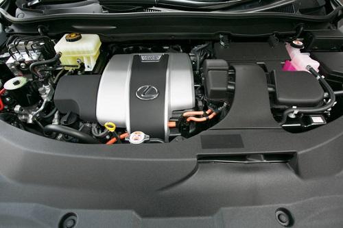 光るハイブリッドの好燃費、少ない4WDの燃費悪化
