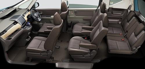 白木目調のインパネが温かみを感じさせる「G」/「G Honda SENSING」/「HYBRID G Honda SENSING」