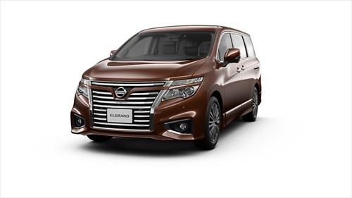 フロントシート周りの快適装備が充実する「250Highway STAR Premium」/「350Highway STAR Premium」(7人乗りのみ)