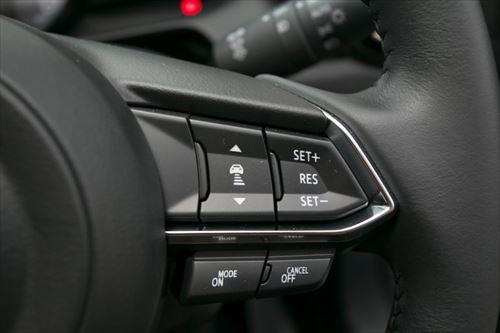 コンパクトカーながら、マツダの新世代技術群であるスカイアクティブテクノロジーはフル搭載
