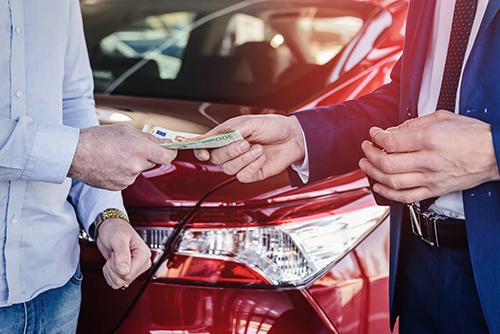 新車の一括購入は減価償却が必要