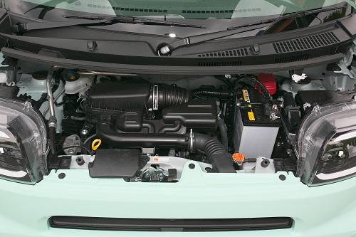 エンジンもNAとターボの2本立て、CVTには新機構