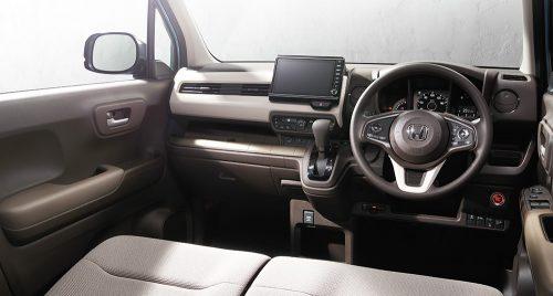 運転しやすいレイアウトと装備を追加