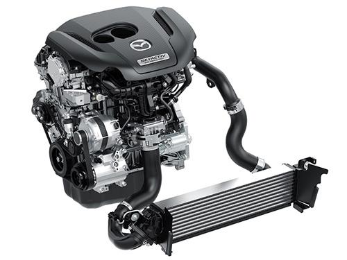 4LのV8エンジンに匹敵する新エンジン