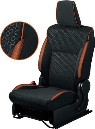 シートパイピングやシート側面のカラーアクセント オレンジ
