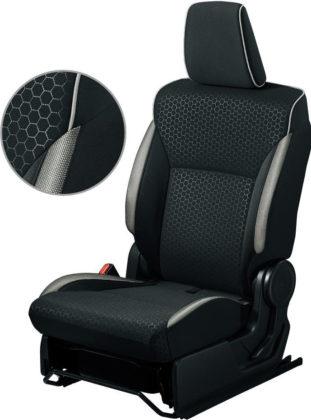 シートパイピングやシート側面のカラーアクセント アイボリー