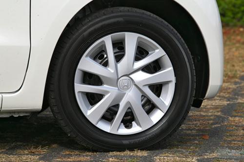 N-BOXノーマルのタイヤ