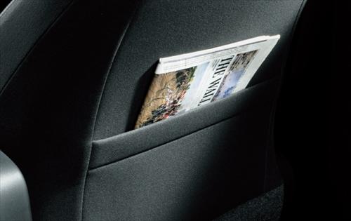 フロントシートバックポケット(運転席・助手席)