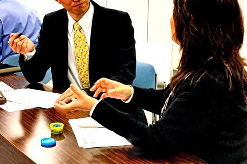 収入の安定性、雇用形態