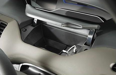 USB電源ソケット付き運転席アッパーボックス&運転席ロアボックス