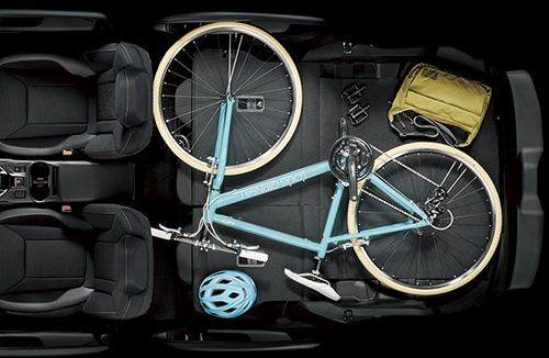 インプレッサスポーツの荷室の収納&座席アレンジ3