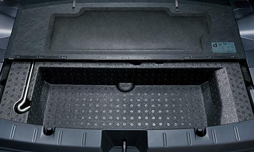 インプレッサスポーツの荷室の収納&座席アレンジ2