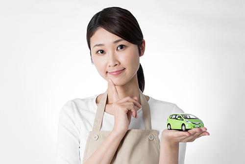 レンタカーやカーシェア、カーリースなどの利用方法の違いは?