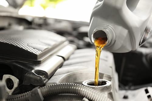 車のオイル交換はなぜ必要なの?