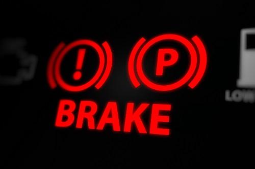 ブレーキからの異音や警告灯