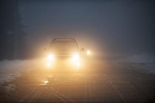 ヘッドライトの黄ばみを放置するとどうなる?