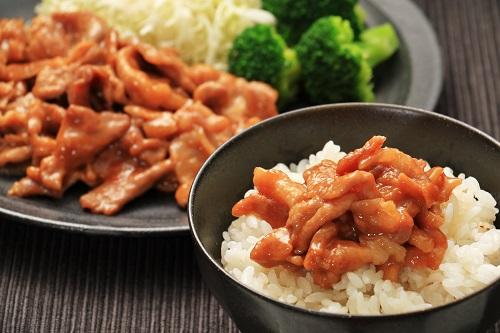 かさまし豚こまの生姜焼き
