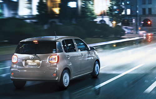 7位「トヨタパッソ/ダイハツブーン」シンプルで運転しやすいコンパクトカー2
