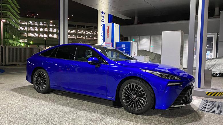「トヨタMIRAI」購入の決め手はクルマとしての魅力、そして乗り味の良さ(岡崎五朗レポート)