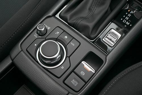 ロングセラーモデルだけに走りや安全装備には度重なる改良が1