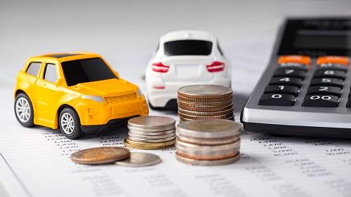 車の購入に必要な費用は?