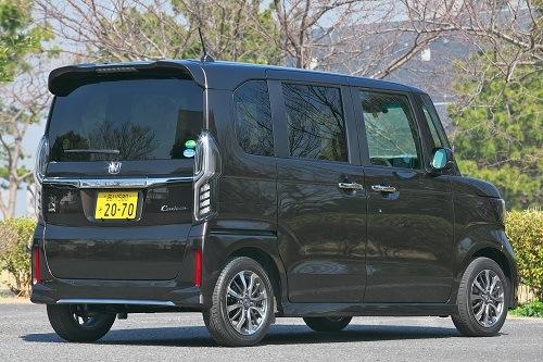 中古車人気も高く100万円以下のお得物件が少ない!1