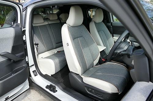 「実用性」光るヴェゼルの広さと使い勝手、MX-30の後席ドアも独自の魅力が4