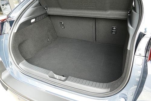 「実用性」光るヴェゼルの広さと使い勝手、MX-30の後席ドアも独自の魅力が5
