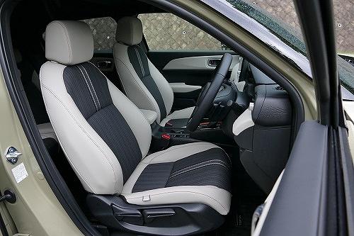 「実用性」光るヴェゼルの広さと使い勝手、MX-30の後席ドアも独自の魅力が1