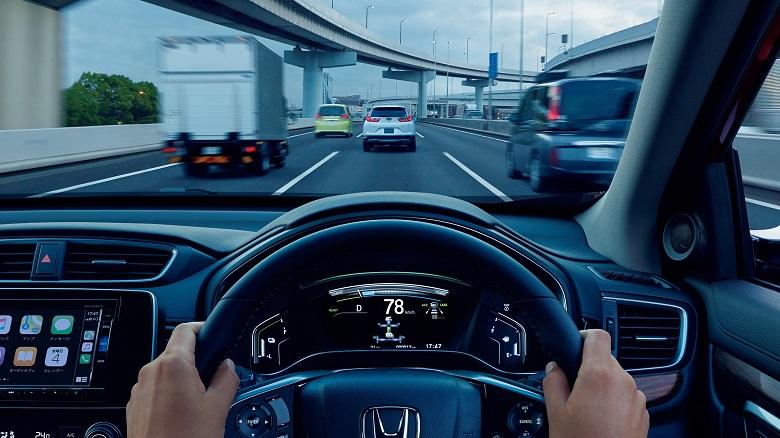 CR-Vに搭載される「Honda SENSING」の内容は?安全性能を解説